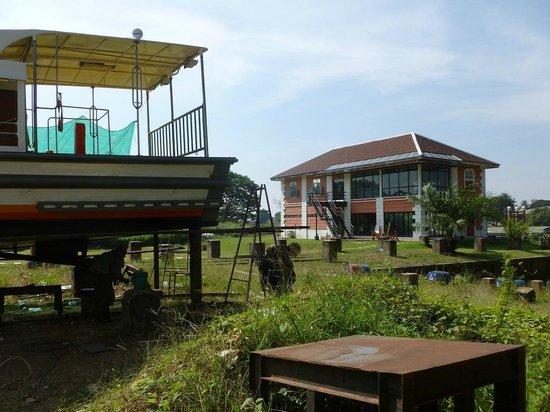 Baan Hollanda: Gezicht op Baan vanaf de oude scheepswerf
