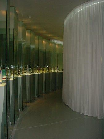 gordijnen in museum - Foto van Groninger Museum, Groningen - TripAdvisor