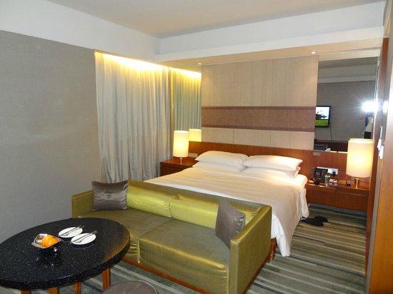 Hansar Bangkok Hotel : Room