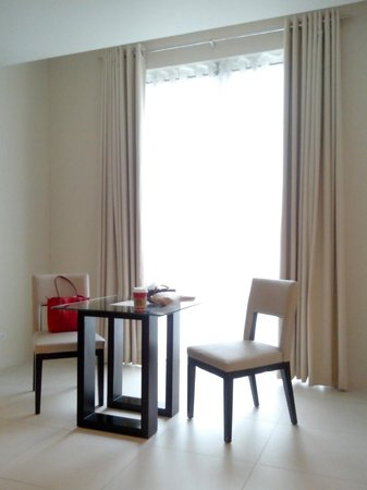 The Picasso Boutique Serviced Residences : dining