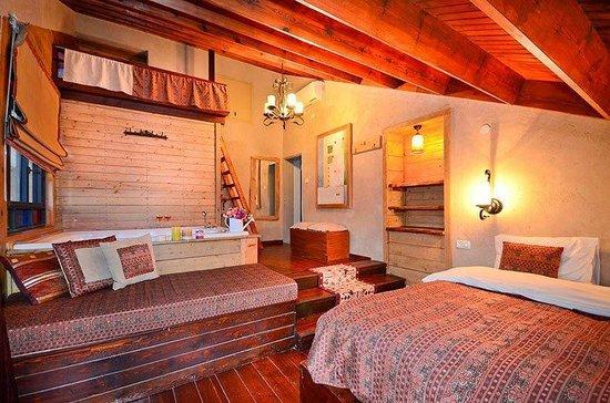 Kfar Yehezkel, Israel: Winter suite