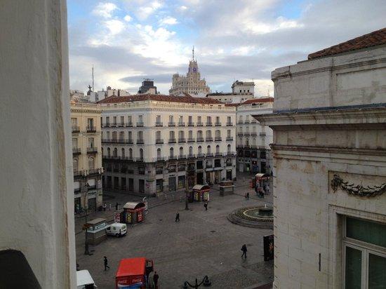 Hostal Riesco: O quarto com vista à Calle Correo era bem quieto, apesar da proximidade da praça Puerta del Sol.