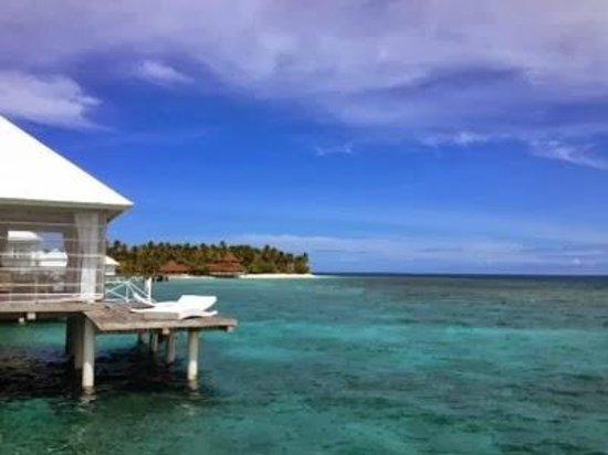 Diamonds Thudufushi: Aussicht von der Terasse aus