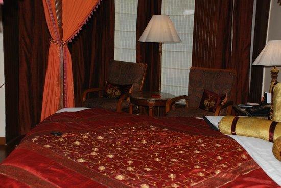 Le Meridien Jaipur Resort & Spa: Cosy room