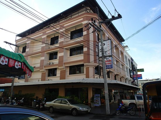 Lada Krabi Residence : Lada from Maharaj Road
