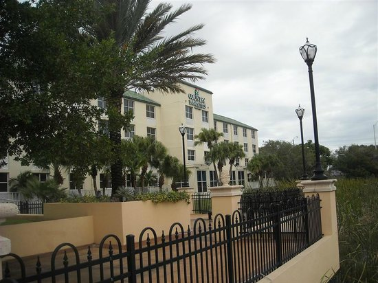 Country Inn & Suites By Carlson, Miami (Kendall): View from the back
