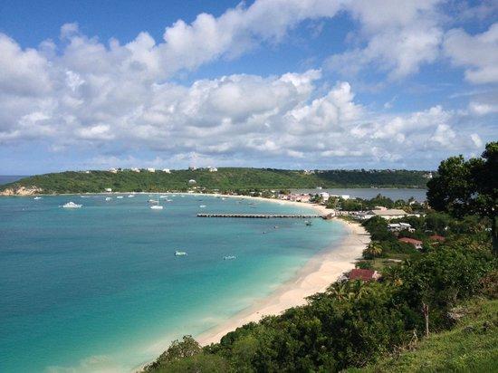 Simpson Bay (ทะเลสาบซิมป์สัน เบย์), เซนต์มาร์ติน / ซินท์มาร์เทิน: Anguilla