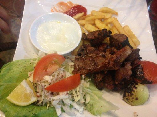 Yasmin Restaurant: Nice combination of lamb cube