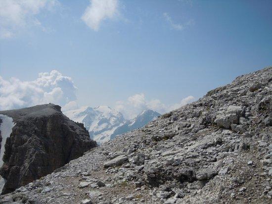 Marmolada - Foto di La Terrazza delle Dolomiti, Canazei - TripAdvisor