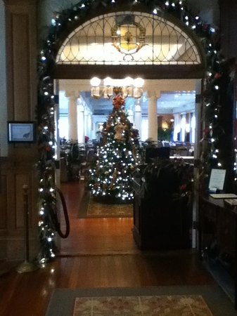 Grand Dining Room : Decorated for Christmas