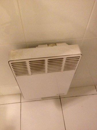 """Hotel De Paris: nettoyage """"à peu près"""" de l'hôtel"""