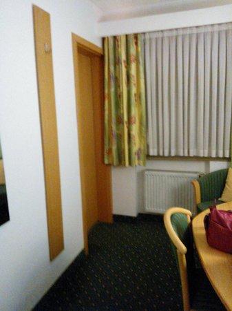 Hotel am Feuersee: Camera matrimoniale