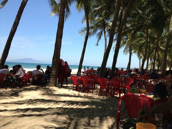 Cua Dai Beach: 快適なビーチ