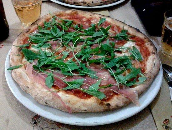 """Nuovi Sapori: pizza """"Fofò"""""""