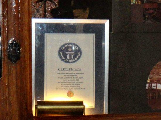 La Taberna del Capitan Alatriste : диплом заведения