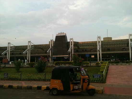 Breeze Residency: Trichy airport