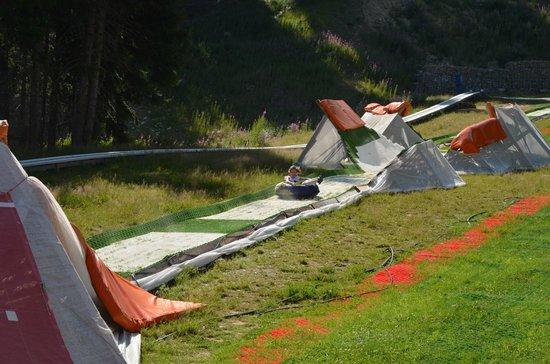 Ski & Board Traventuria: Летняя трасс для тюбингов