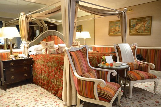 The Milestone Hotel and Residences: The Kensington Palace (Room)