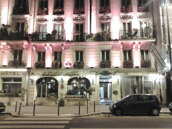 Minerve Hotel : фасад здания Отеля
