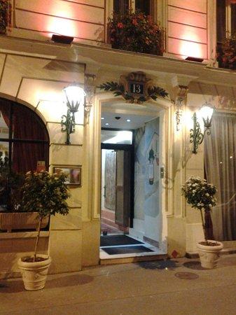 Minerve Hotel : парадная отеля