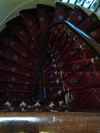 Minerve Hotel : лестница такая красивая