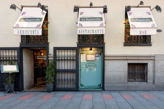 Photo of Mediterranean Restaurant La Buganvilla at Calle Almagro 12, Madrid 28010, Spain