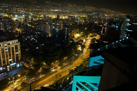 Hotel San Fernando Plaza Medellin : Vista desde balcones