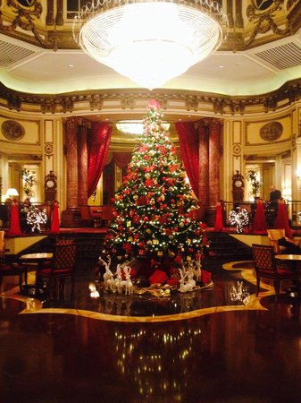 The St. Regis Rome: Christmas in St Regis Lounge