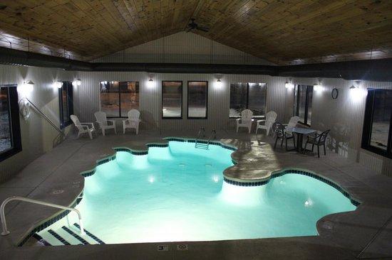 Rivertown Inn: Pool