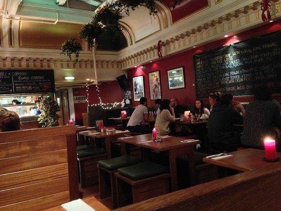 Ad Lib Restaurant