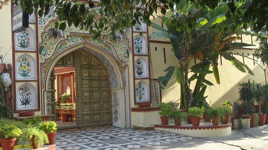 Umaid Bhawan Heritage House Hotel: M