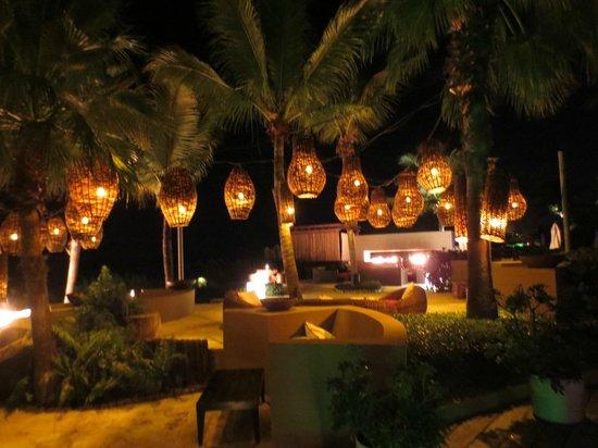 Infiniti Restaurant & Raw Bar: beautiful setting
