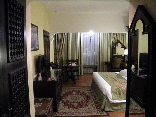 Arabian Courtyard Hotel & Spa : room