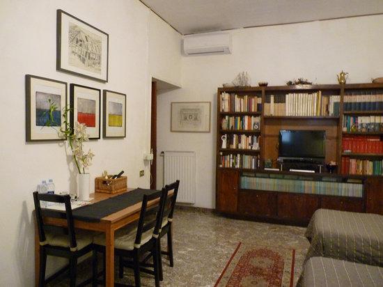 Vatican Vista : Our triple room