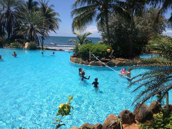 Hotel Venetur Margarita: gigante la piscina sin duda la mas grande de suramerica