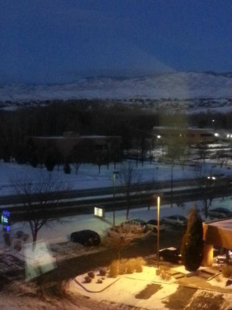 Holiday Inn Express Boise University Area: Night view.