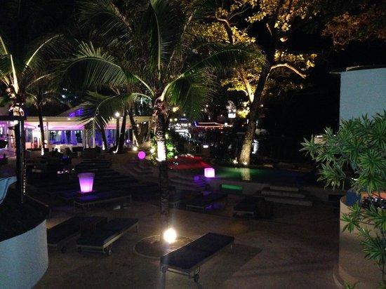 The Boathouse Phuket: Night