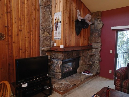 Destinations West at Beaver Village Condominiums: Moose fireplace