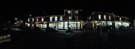Blakeney Manor Hotel: Xmas illuminations in Holt