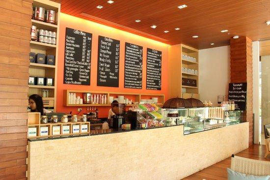 Renaissance Phuket Resort & Spa: Coffee Shop