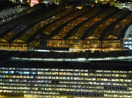 Premier Inn London Greenwich Hotel: Waterloo Station from London Eye