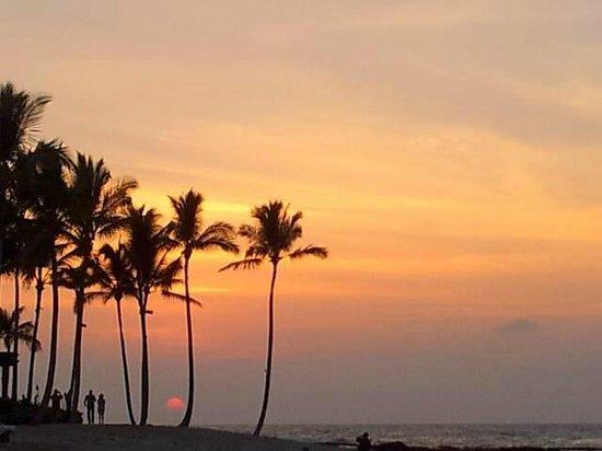 Four Seasons Resort Hualalai: Evening sunset