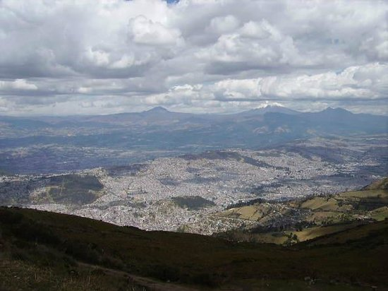 Swissotel Quito : Quito City view from the nearby mountain.