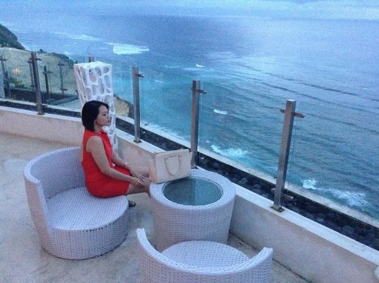 Ju-Ma-Na: Jumana bar terrace and the amazing view just complete.