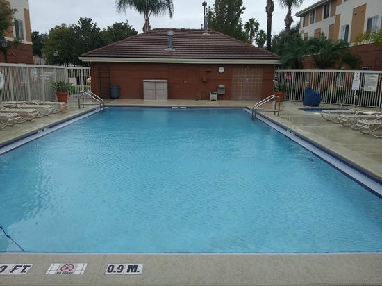Extended Stay America - Orlando Theme Parks - Vineland Rd.: Piscina