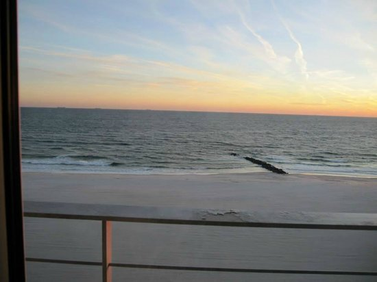 york beach chat rooms Search for roommates and rooms for rent at iroommatescom find roommates to share apartment and houses and save rent.