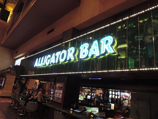 The Orleans Hotel & Casino : The Alligator Bar