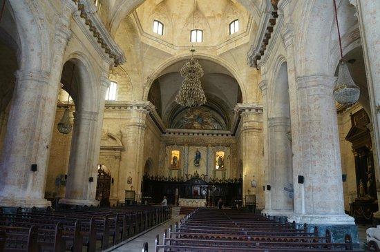 Havana Cathedral: Внутри Собора