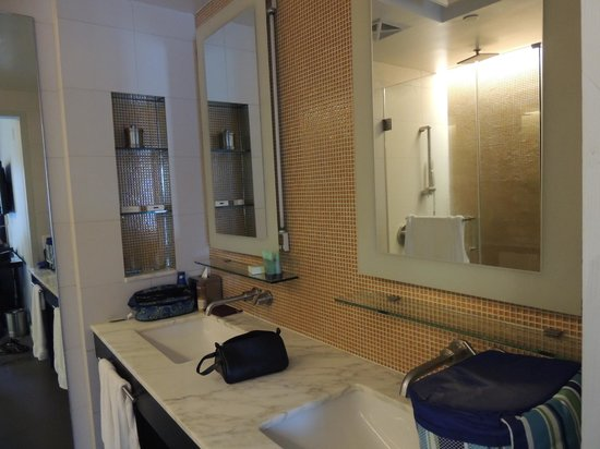 Hotel Breakwater South Beach: Banheiro do Hotel Breakwater