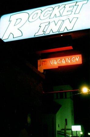 Rocket Inn- sign at night